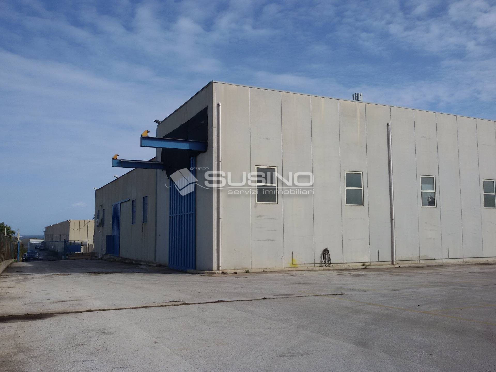Capannone in vendita a Siracusa, 9999 locali, zona Località: ExSS114, prezzo € 800.000 | Cambio Casa.it