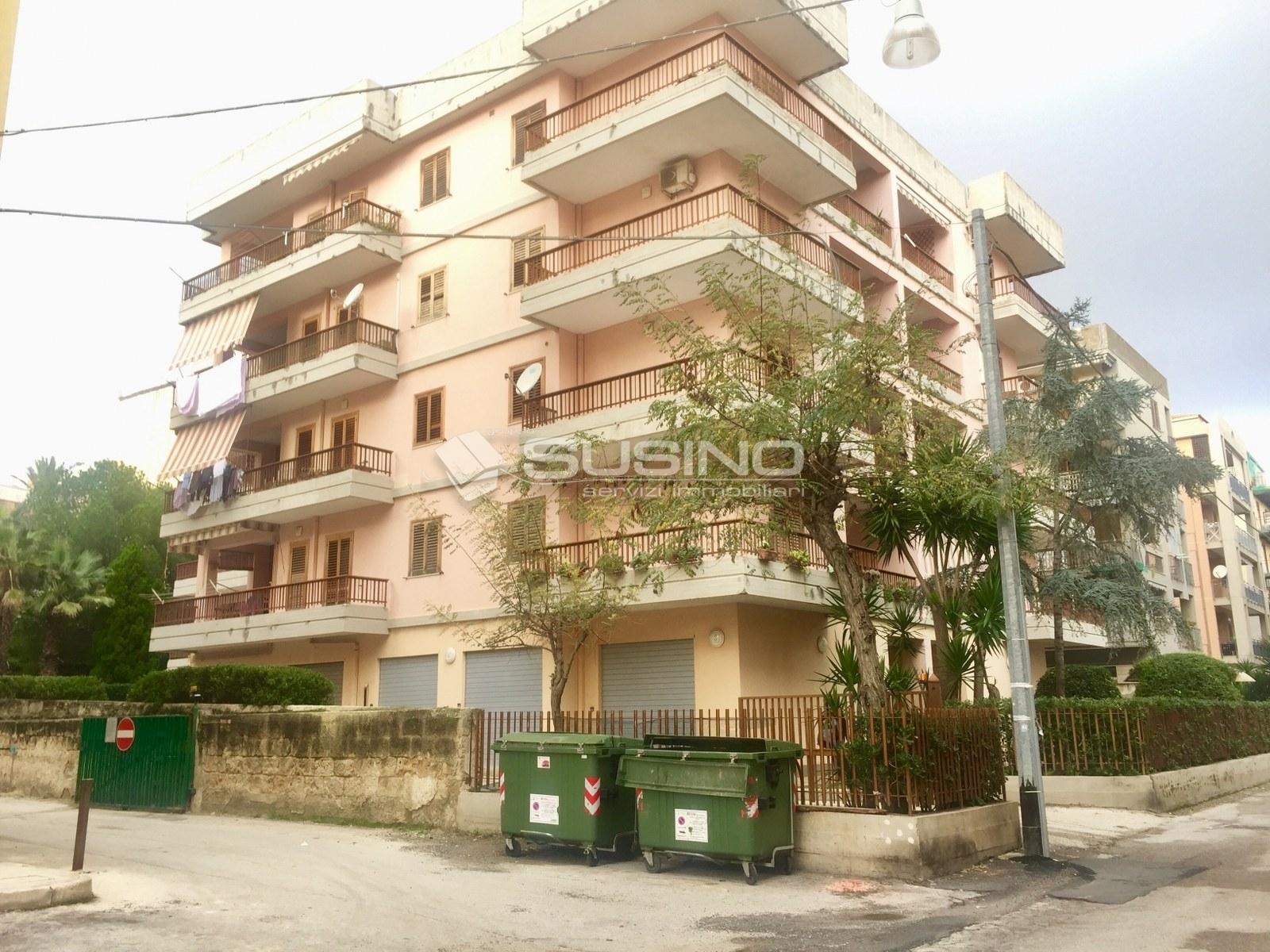 Box / Garage in vendita a Siracusa, 9999 locali, zona Zona: Grottasanta, prezzo € 21.000 | Cambio Casa.it