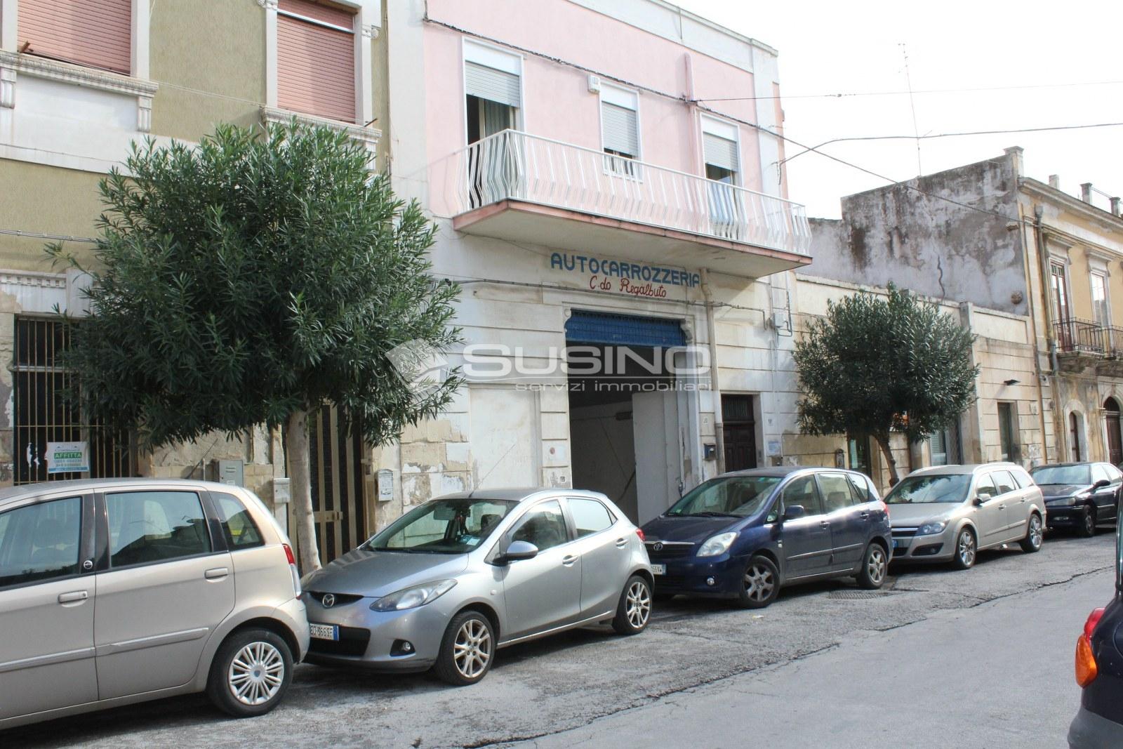 Magazzino in vendita a Siracusa, 9999 locali, zona Zona: Borgata, prezzo € 75.000 | Cambio Casa.it