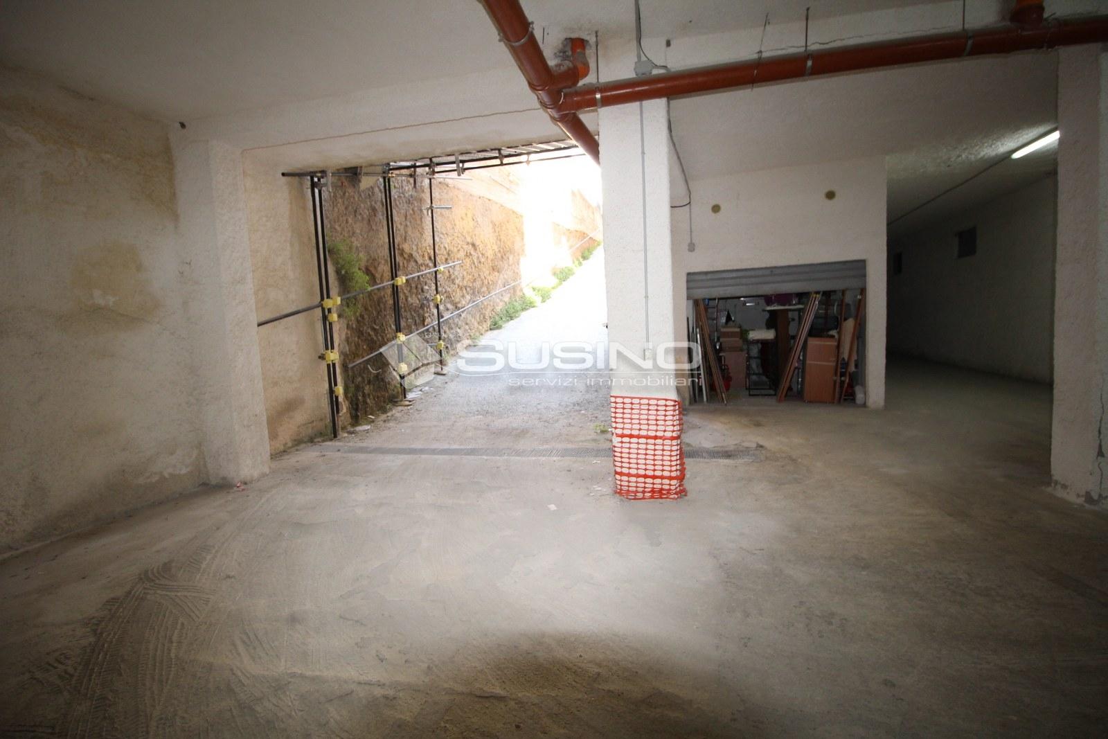 Box / Garage in vendita a Siracusa, 9999 locali, zona Zona: Borgata, prezzo € 11.000 | CambioCasa.it