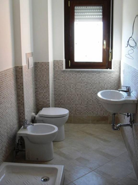 Bilocale Fonte Nuova Via Primo Maggio 8