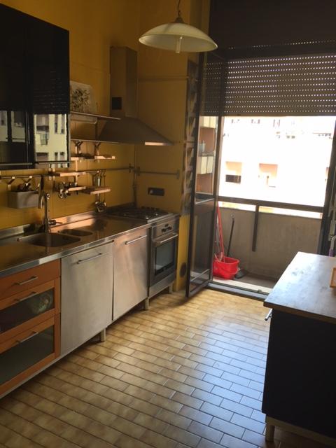 Bilocale Milano Via Della Moscova 6