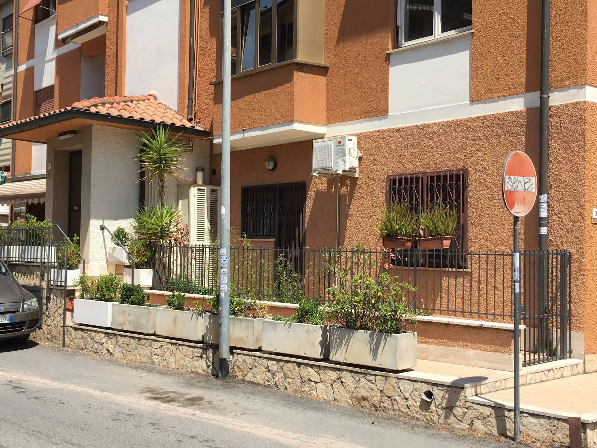 Bilocale Fonte Nuova Via C. Goldoni 2