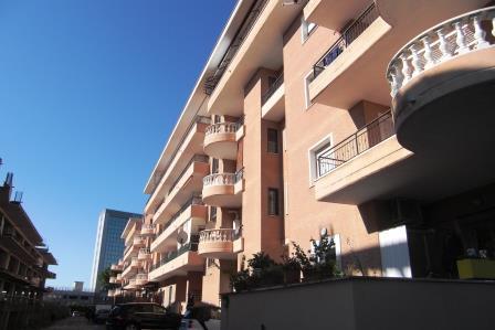 Bilocale Pomezia Via Dei Castelli Romani 1