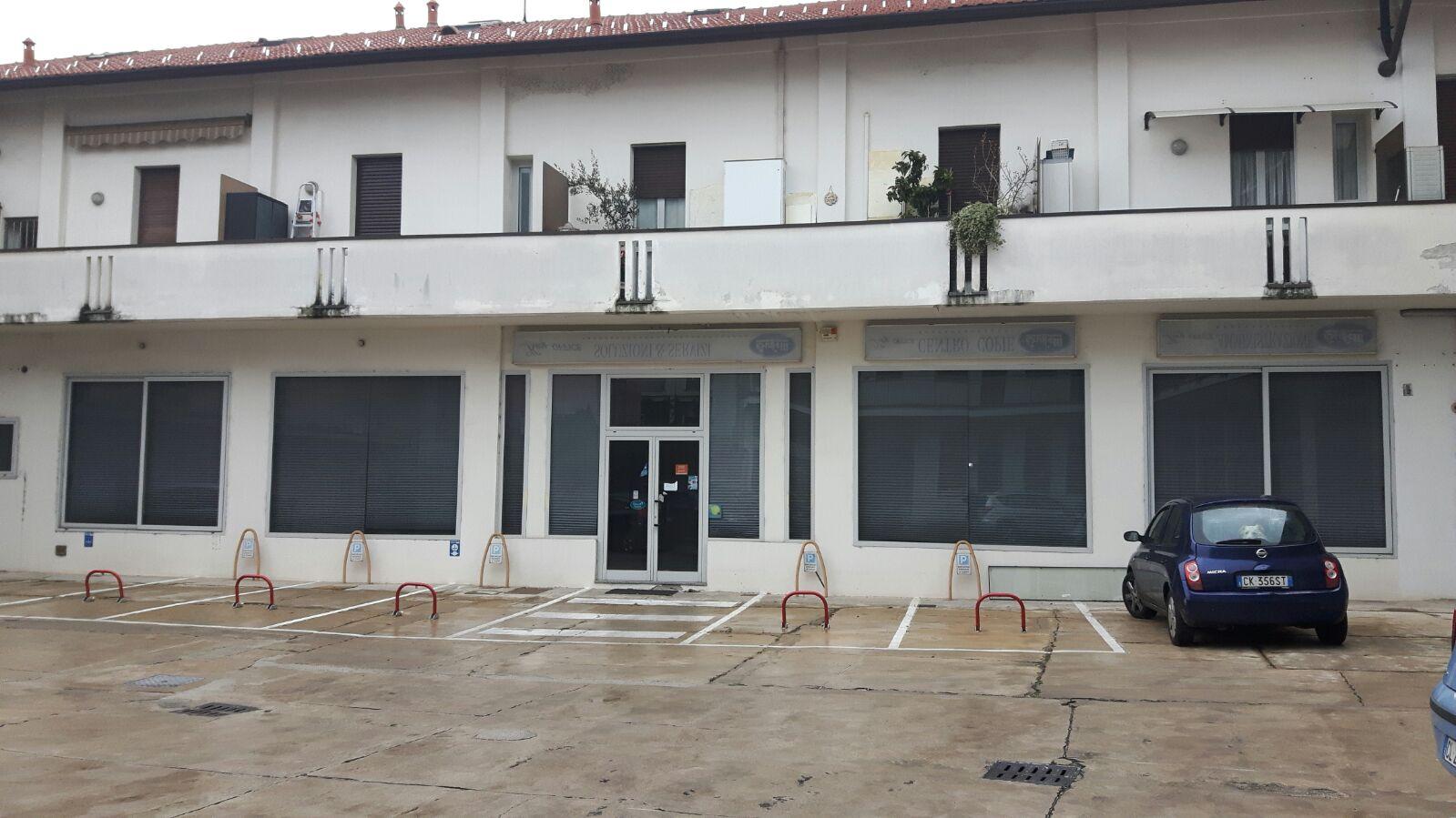 Negozio / Locale in affitto a Cesano Maderno, 9999 locali, prezzo € 550.000 | Cambio Casa.it