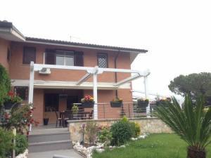 Villino a schiera in Vendita<br>a Guidonia Montecelio