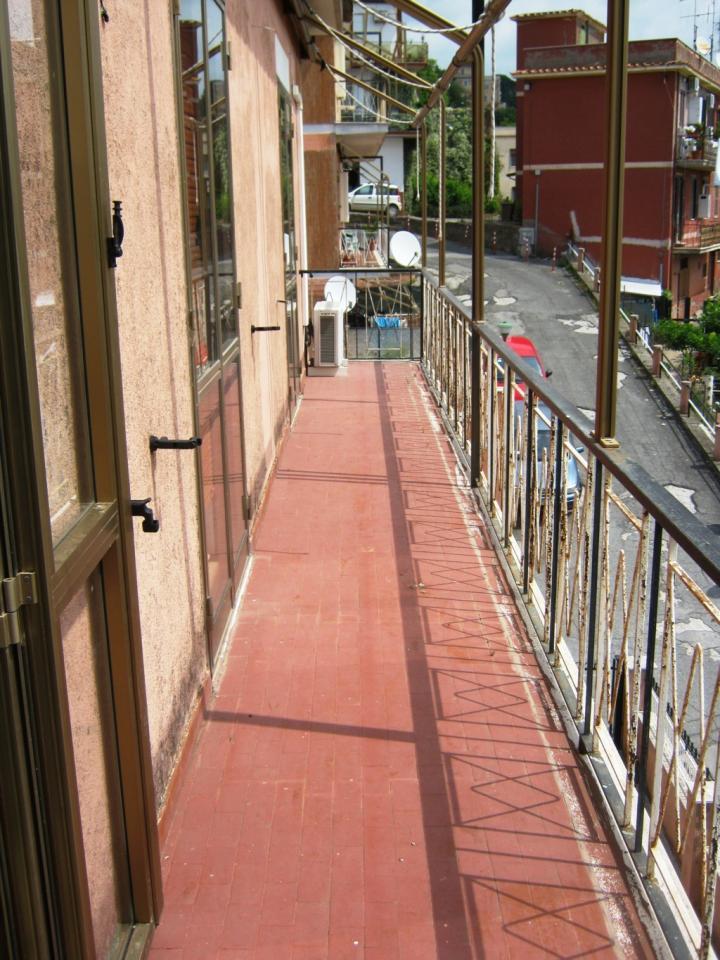 Appartamento in vendita a Lanuvio, 3 locali, prezzo € 109.000 | Cambio Casa.it