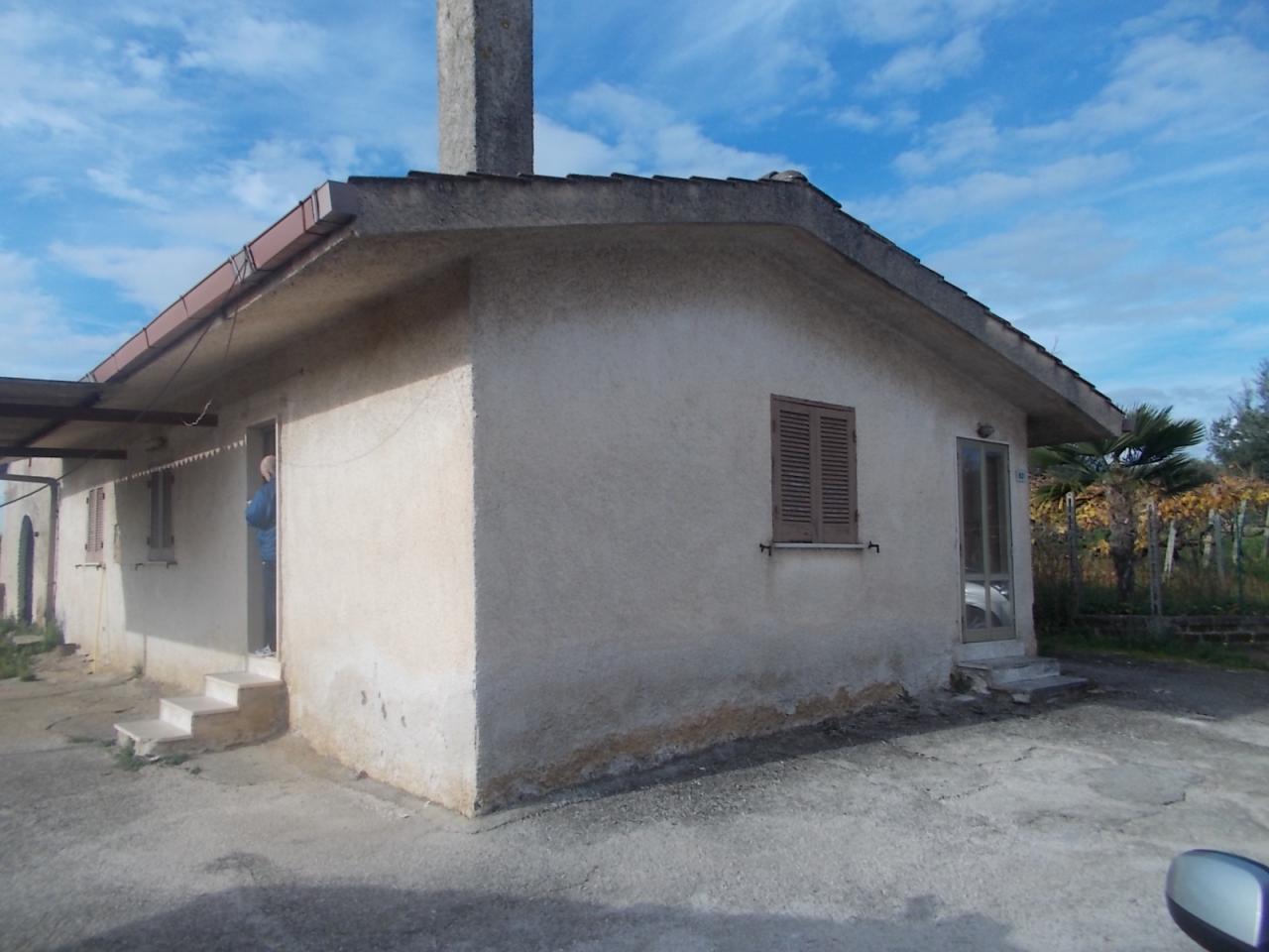Bilocale Velletri Via Fonte Dell'incudine 1