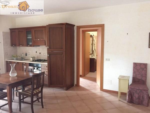 Bilocale Albano Laziale Via Roma 8