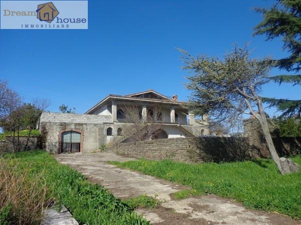 Villa in vendita a Lanuvio, 7 locali, prezzo € 465.000 | Cambio Casa.it