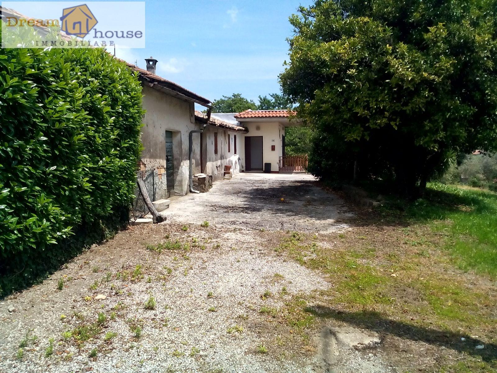 Soluzione Indipendente in vendita a Velletri, 3 locali, prezzo € 130.000   Cambio Casa.it