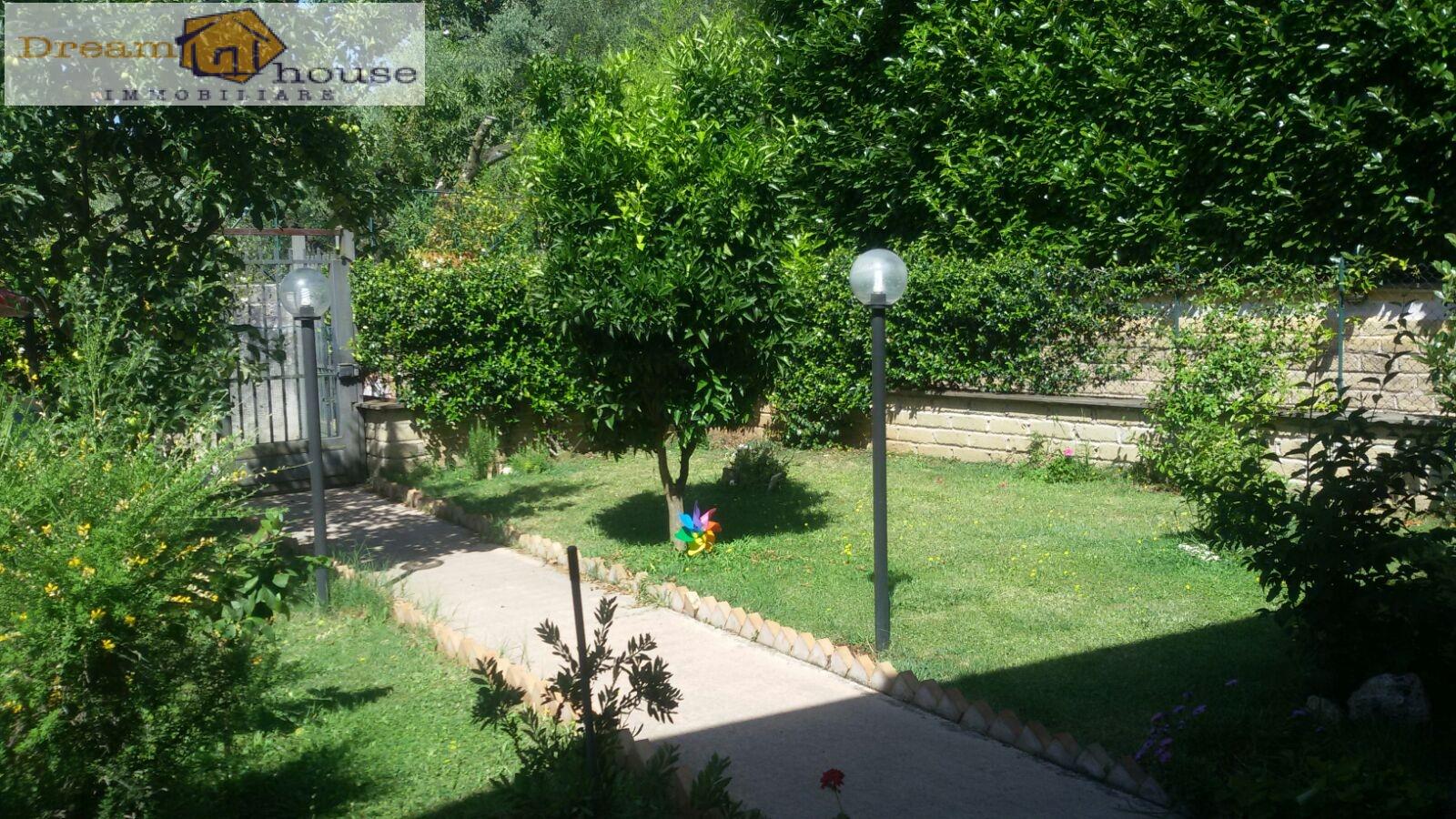 Villa a Schiera in Vendita a Lariano