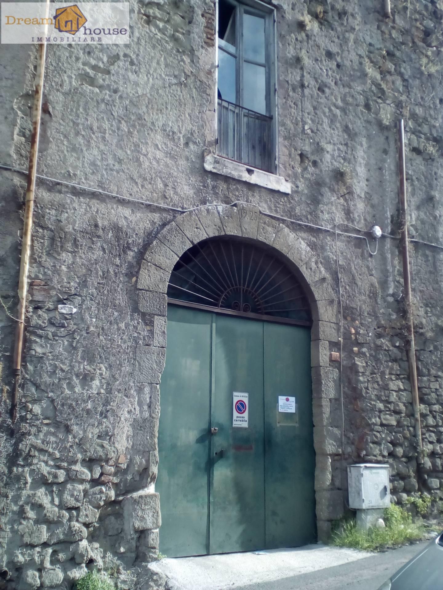 Magazzino in vendita a Ariccia, 9999 locali, prezzo € 49.000 | Cambio Casa.it