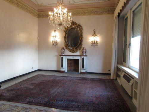 Soluzione Indipendente in vendita a Viareggio, 9 locali, zona Località: Lungomare, Trattative riservate | Cambio Casa.it