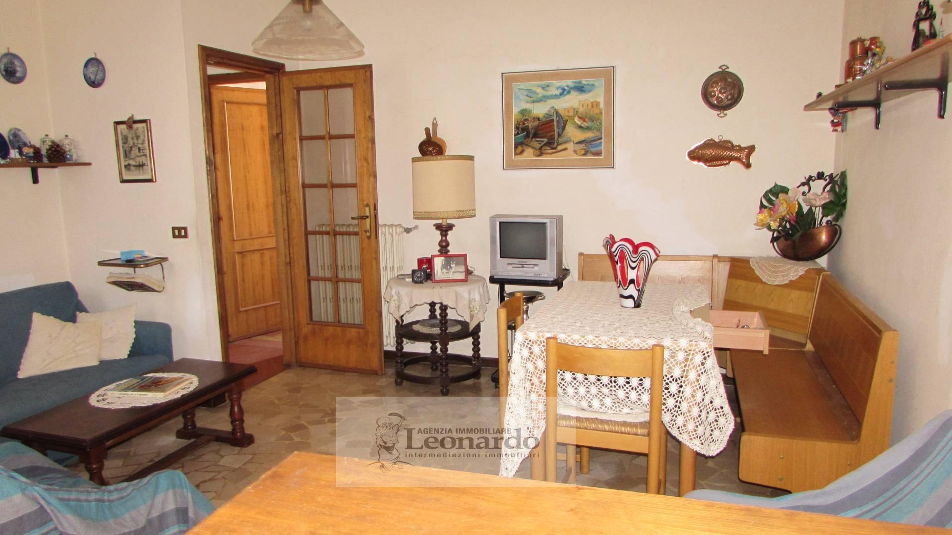 Soluzione Indipendente in vendita a Viareggio, 5 locali, zona Località: Centro, prezzo € 330.000 | Cambio Casa.it