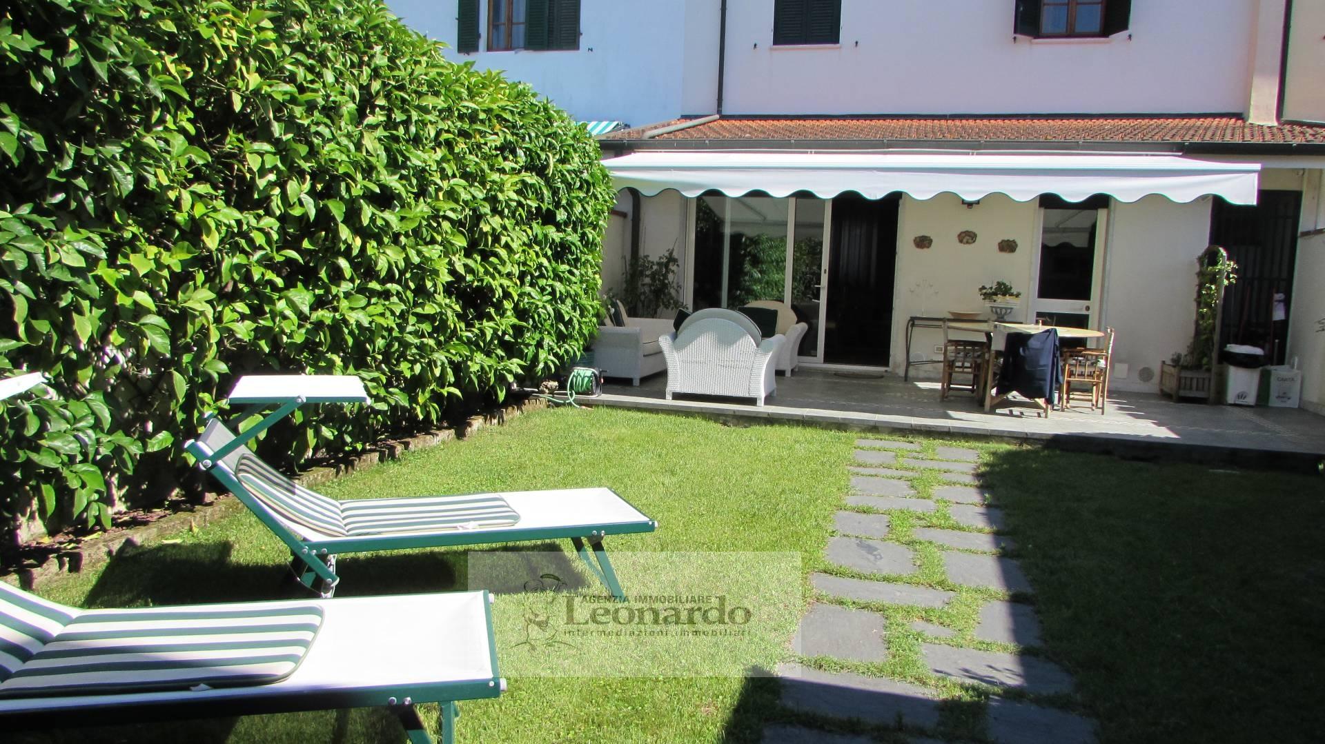 Soluzione Indipendente in vendita a Viareggio, 8 locali, zona Località: Darsena, prezzo € 1.900.000   Cambio Casa.it
