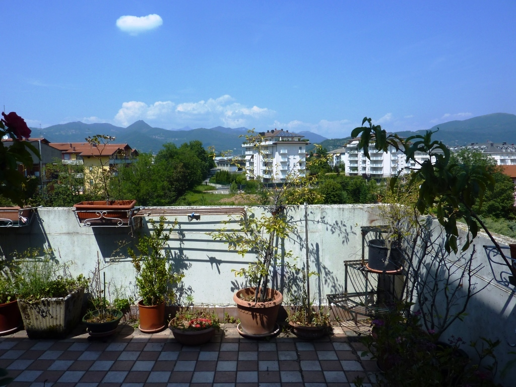 Attico / Mansarda in vendita a Seriate, 5 locali, prezzo € 279.000 | CambioCasa.it