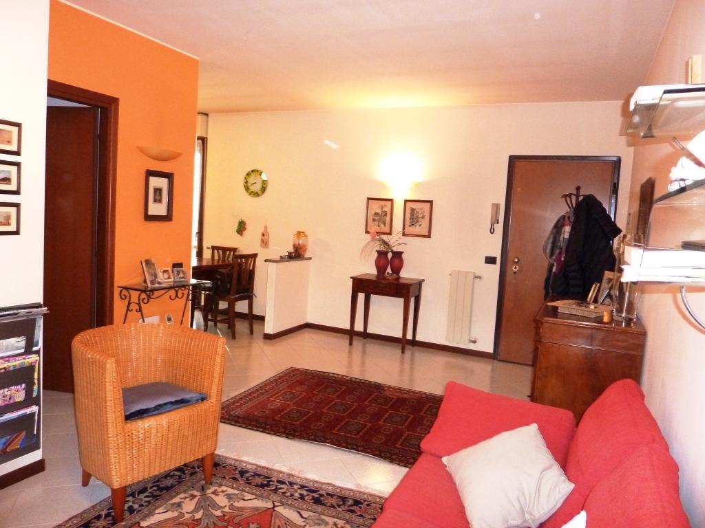 Appartamento in vendita a Trescore Balneario, 3 locali, prezzo € 118.000 | CambioCasa.it