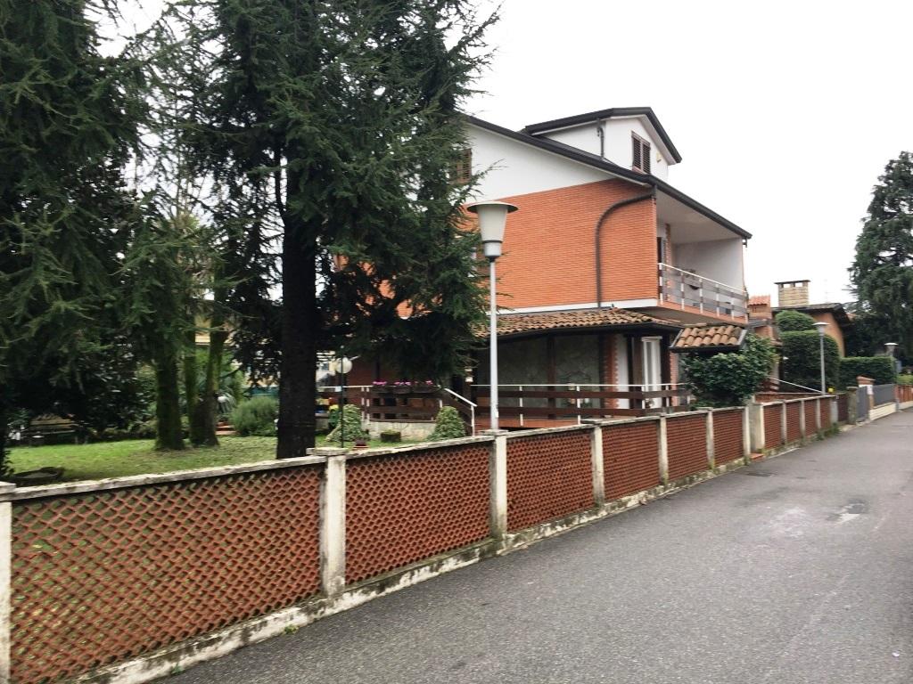 Villa in vendita a Verdellino, 7 locali, prezzo € 265.000 | CambioCasa.it