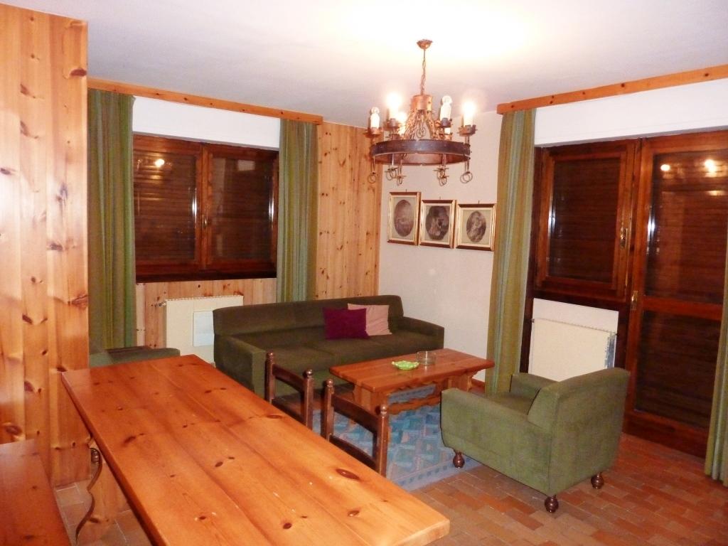 Appartamento in vendita a Foppolo, 3 locali, prezzo € 89.000 | CambioCasa.it