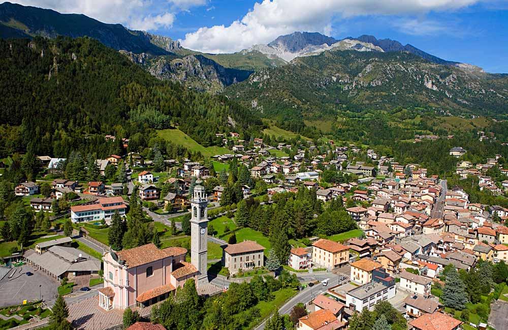 Appartamento in affitto a Valbondione, 3 locali, Trattative riservate | CambioCasa.it