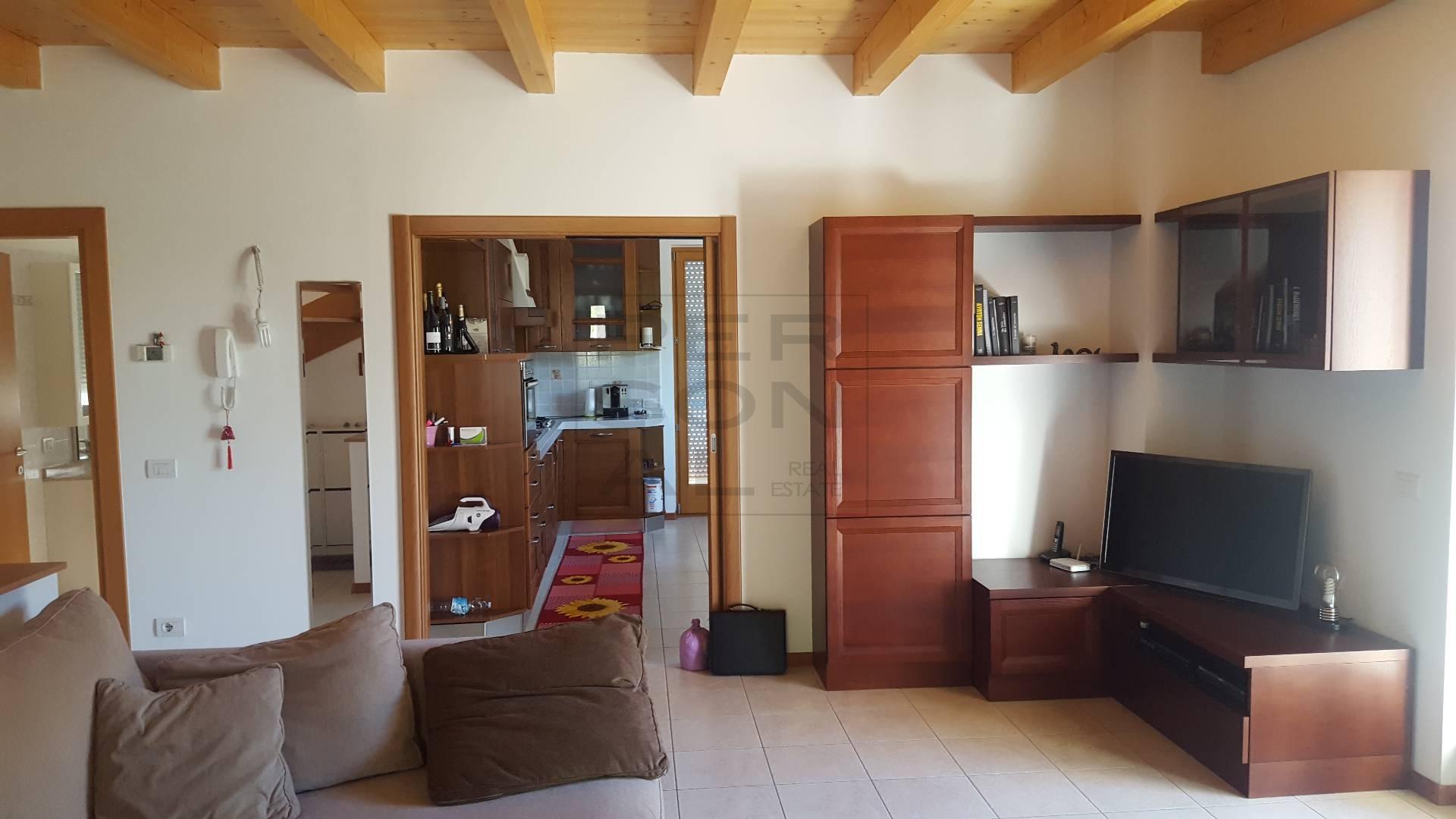 Appartamento in vendita a Salorno, 5 locali, prezzo € 249.000   CambioCasa.it