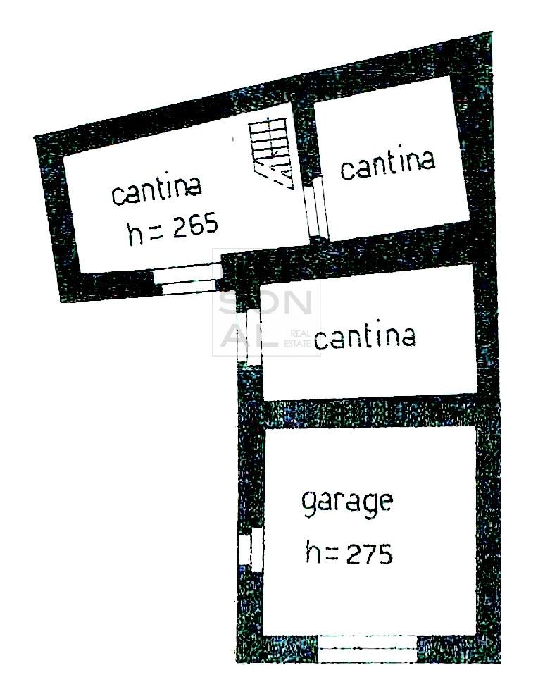 Soluzione Indipendente in vendita a Cavedine, 8 locali, prezzo € 39.000 | CambioCasa.it