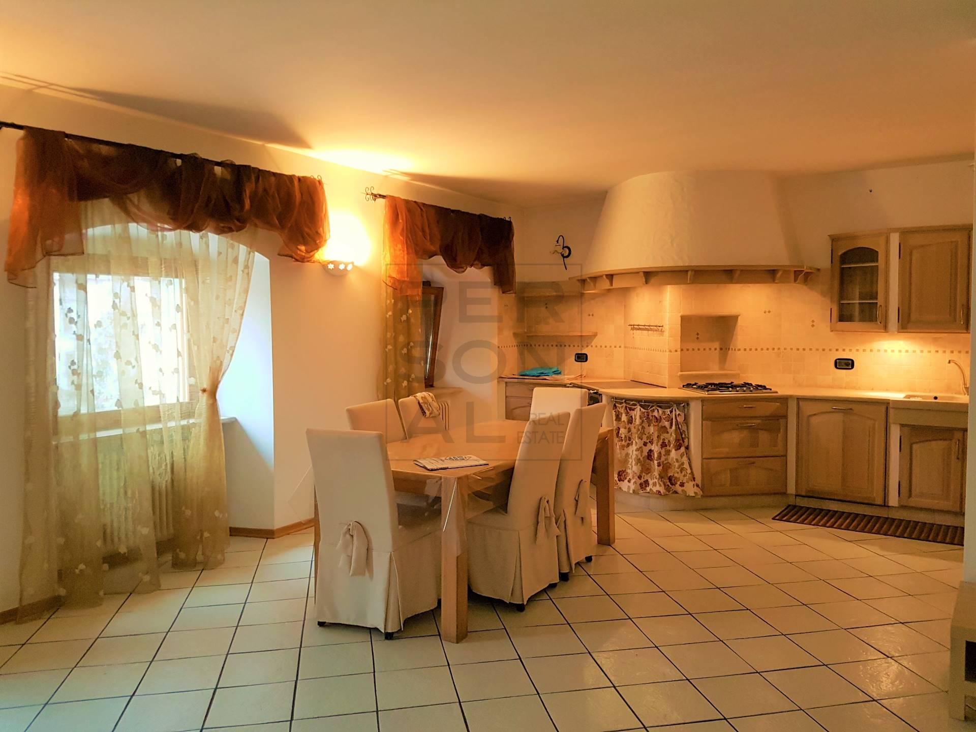 Appartamento in vendita a Mezzocorona, 4 locali, prezzo € 299.000   CambioCasa.it