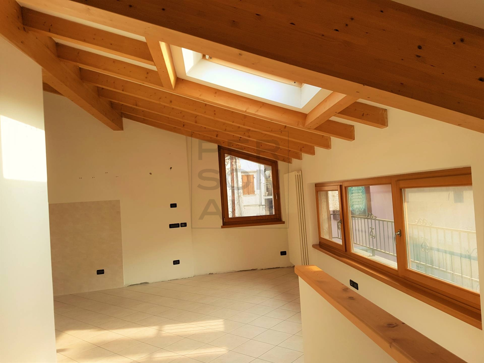 Appartamento in vendita a Lavis, 4 locali, prezzo € 199.000   CambioCasa.it