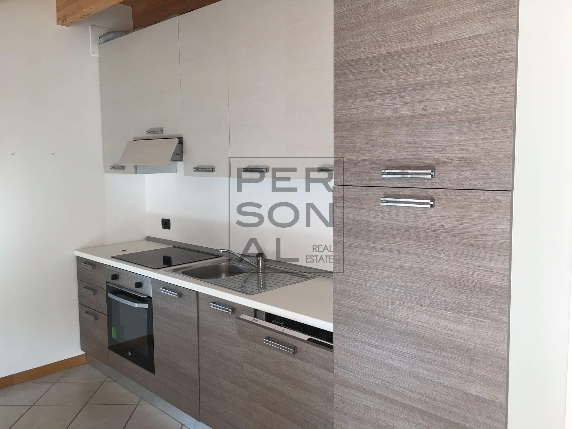 Appartamento in vendita a Cavedine, 4 locali, prezzo € 160.000 | CambioCasa.it