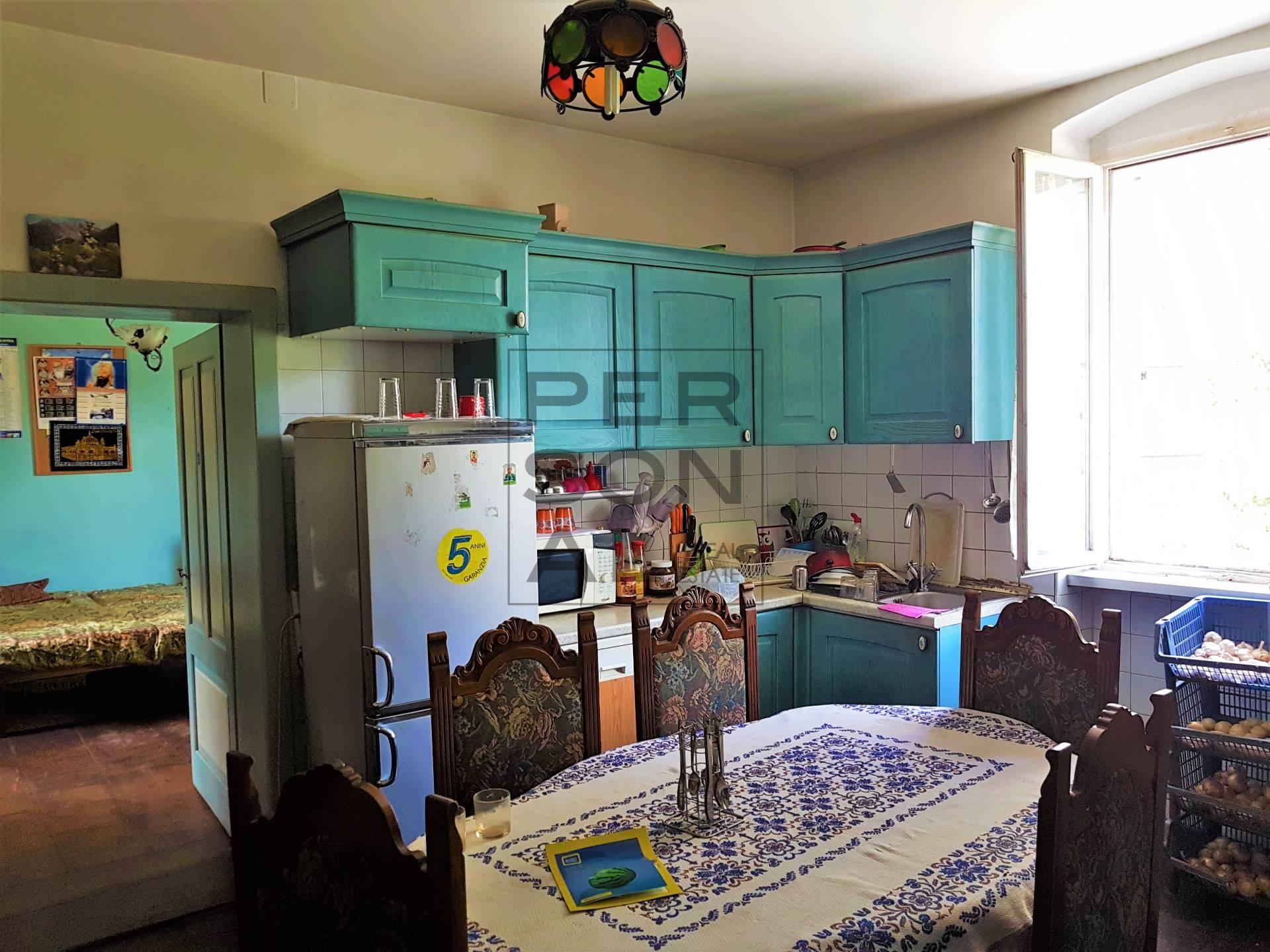 Appartamento in affitto a Mezzocorona, 5 locali, prezzo € 600 | CambioCasa.it