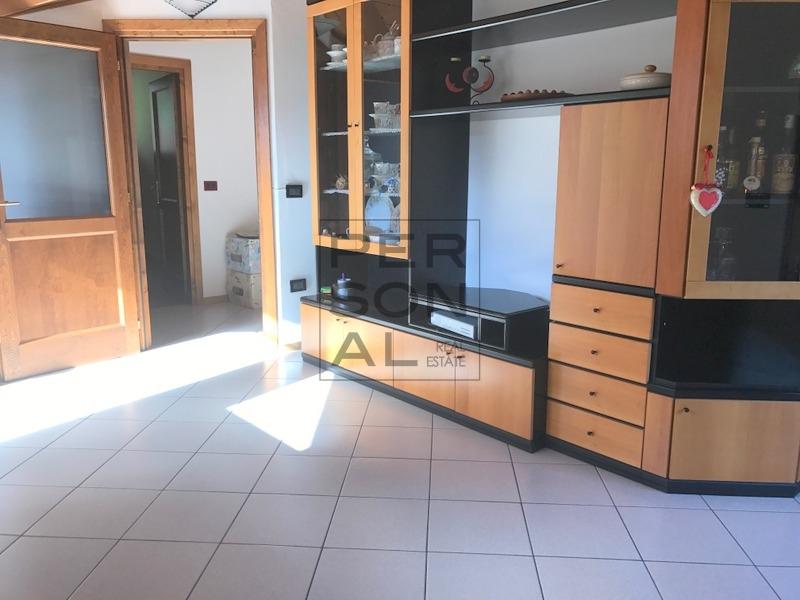 Appartamento in vendita a Vermiglio, 5 locali, prezzo € 199.000 | CambioCasa.it