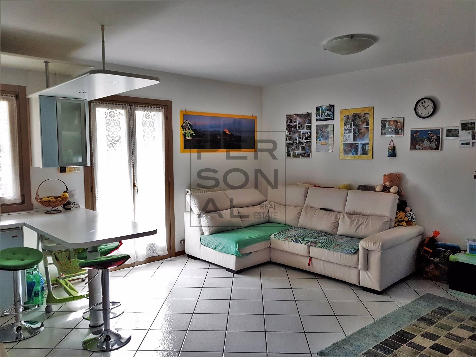 Appartamento in vendita a Lavis, 3 locali, prezzo € 175.000   CambioCasa.it