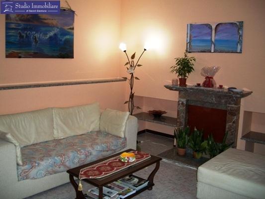 Appartamento in vendita a Bastida Pancarana, 3 locali, prezzo € 53.000 | CambioCasa.it