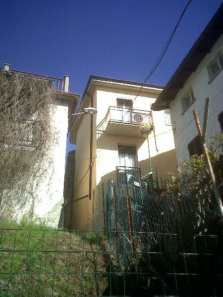 Rustico / Casale in Vendita a Montù Beccaria