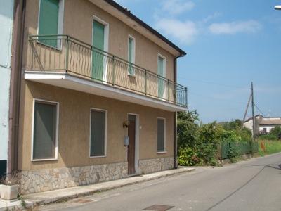 Rustico / Casale in vendita a Bastida Pancarana, 6 locali, prezzo € 79.000 | Cambio Casa.it