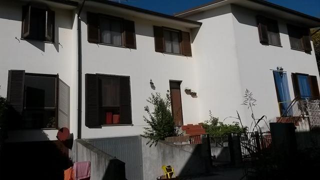 Villa a Schiera in vendita a Barbianello, 4 locali, prezzo € 129.000 | Cambio Casa.it