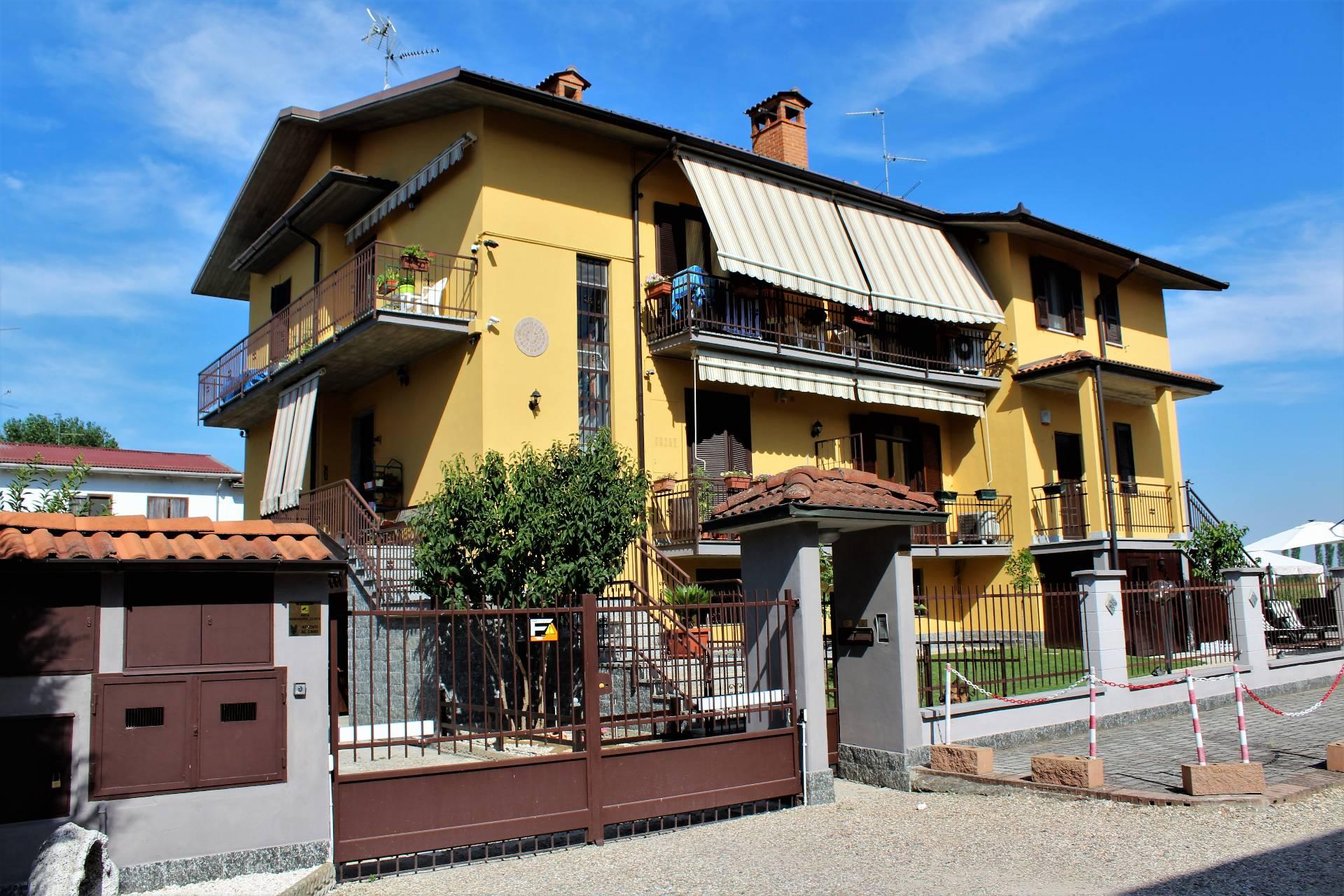 Villa Bifamiliare in Vendita a San Martino Siccomario