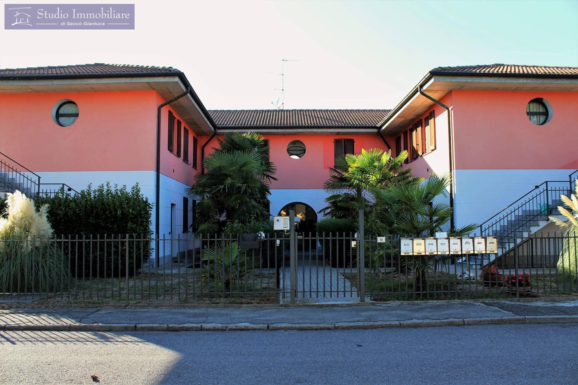 Appartamento in vendita a Bressana Bottarone, 3 locali, zona Località: Bottarone, prezzo € 88.000 | CambioCasa.it