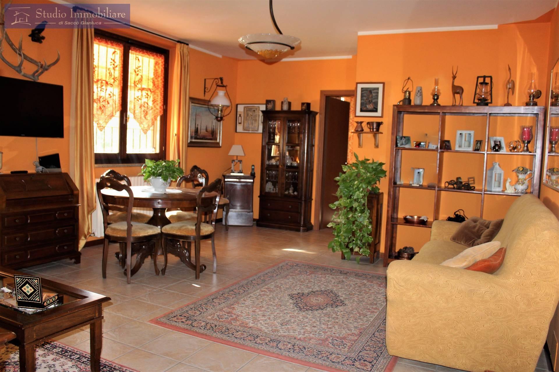 Appartamento in vendita a Bressana Bottarone, 2 locali, zona Località: Argine, prezzo € 88.000   CambioCasa.it