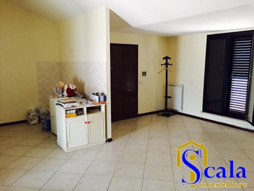 Attico / Mansarda in vendita a Santa Maria Capua Vetere, 3 locali, prezzo € 79.000 | Cambio Casa.it