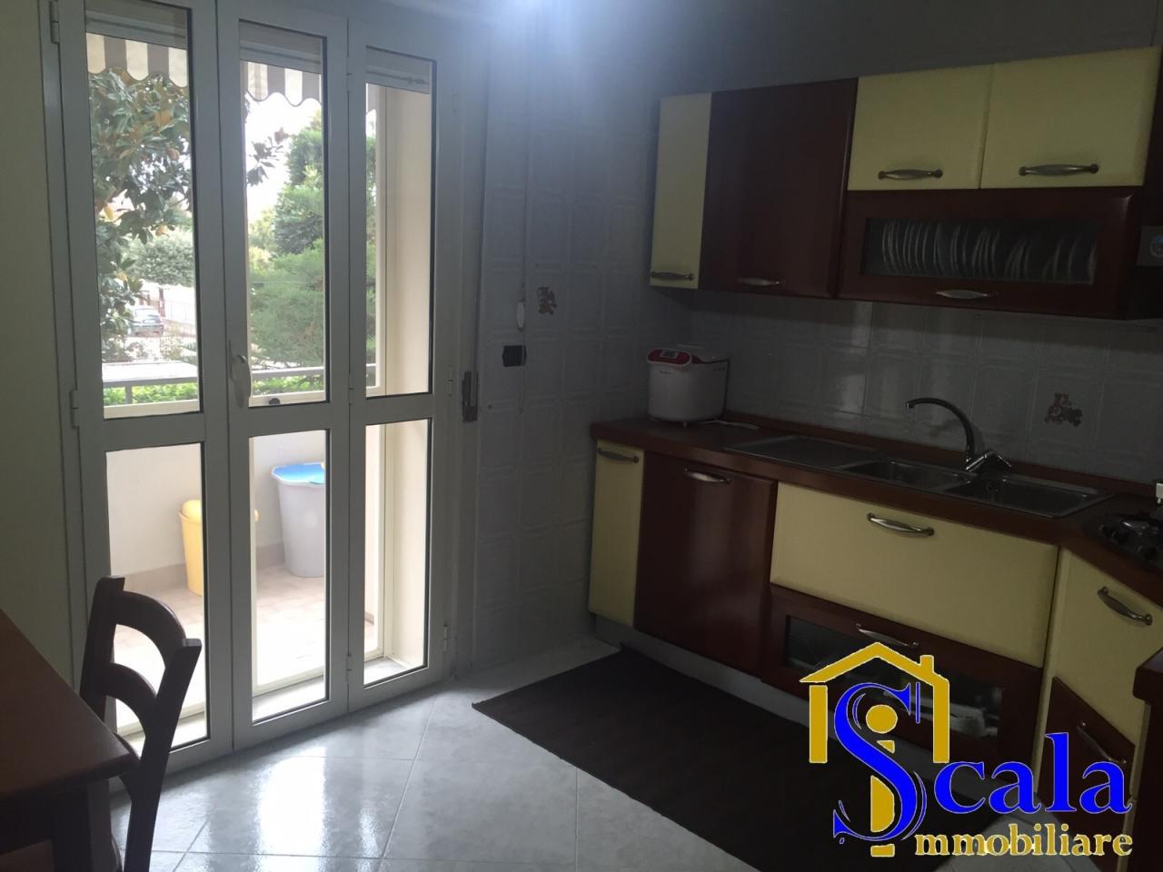 Appartamento in vendita a San Tammaro, 3 locali, prezzo € 115.000   Cambio Casa.it