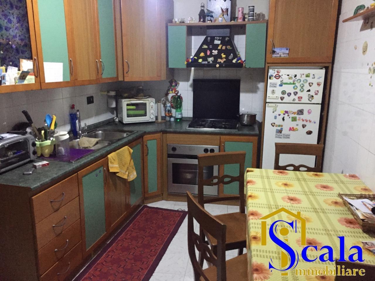 Appartamento in vendita a Santa Maria Capua Vetere, 2 locali, prezzo € 33.000   CambioCasa.it