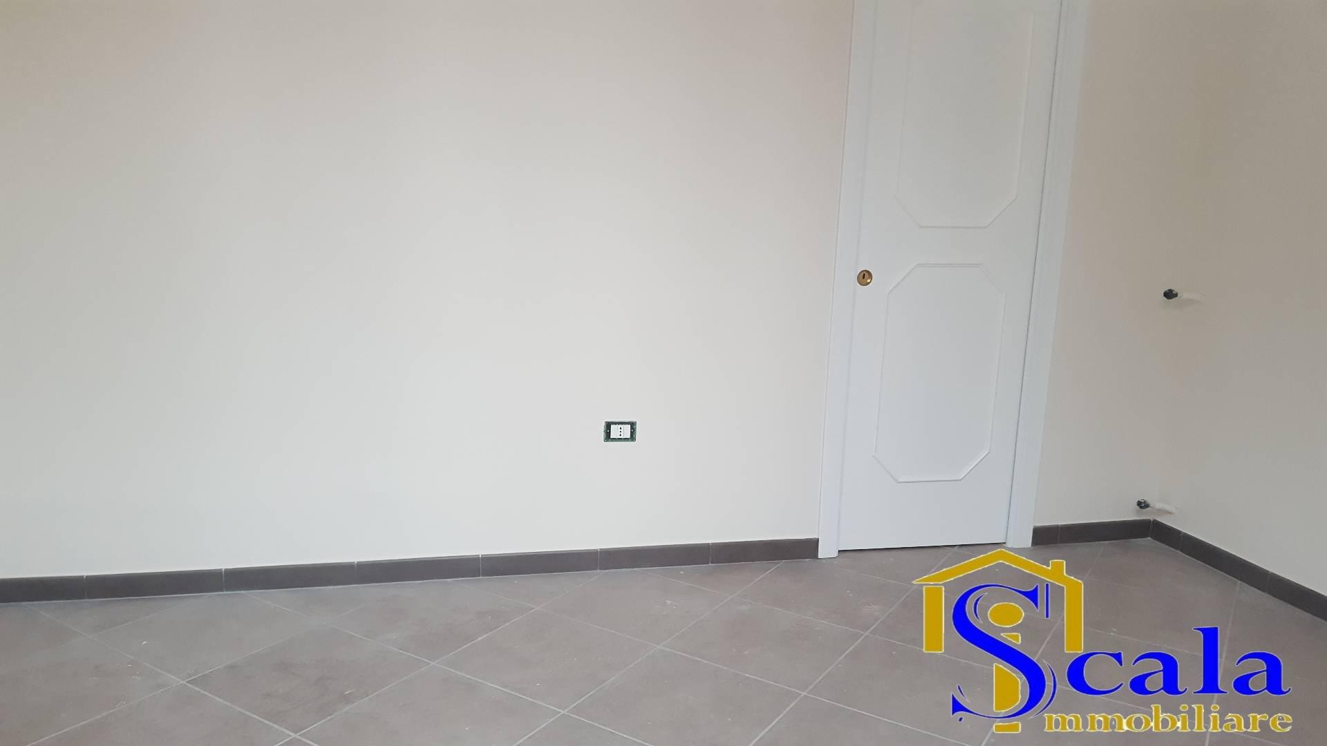 Appartamento in affitto a Santa Maria Capua Vetere, 1 locali, prezzo € 250 | CambioCasa.it