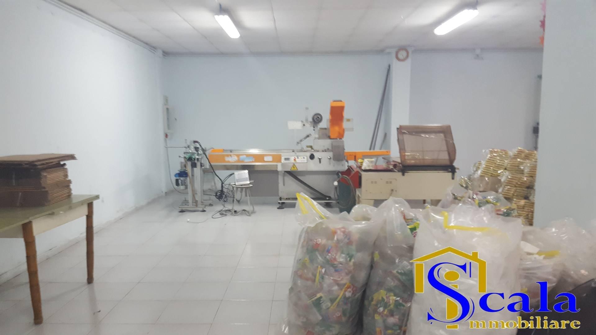 Box / Garage in Affitto a San Prisco