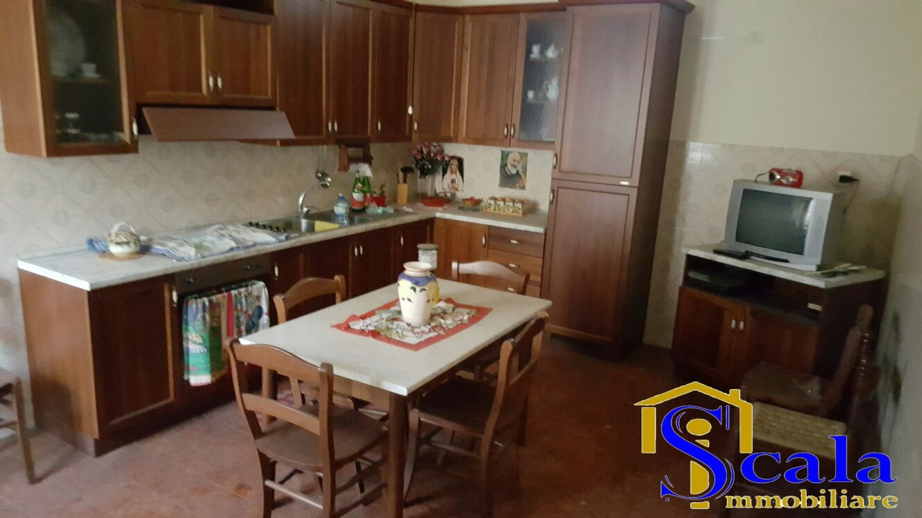 Appartamento in vendita a San Tammaro, 3 locali, prezzo € 50.000 | Cambio Casa.it
