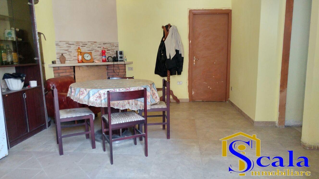 Appartamento in vendita a San Tammaro, 4 locali, prezzo € 45.000 | Cambio Casa.it