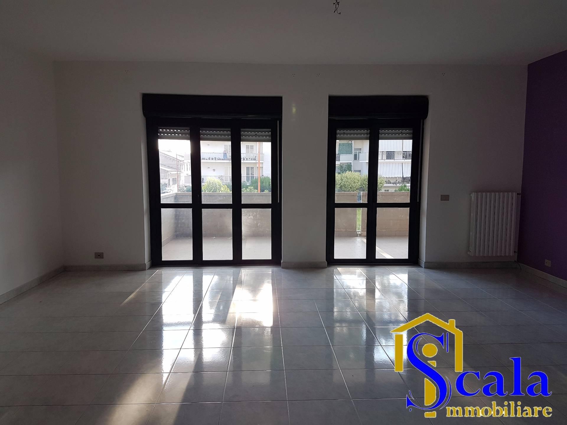 Appartamento in affitto a Casapulla, 3 locali, prezzo € 400   Cambio Casa.it