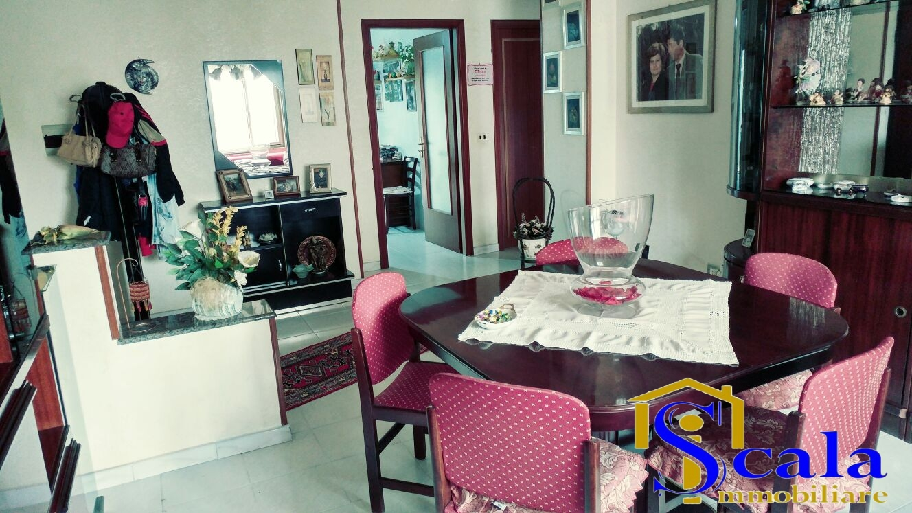 Appartamento in vendita a San Tammaro, 4 locali, prezzo € 73.000 | Cambio Casa.it