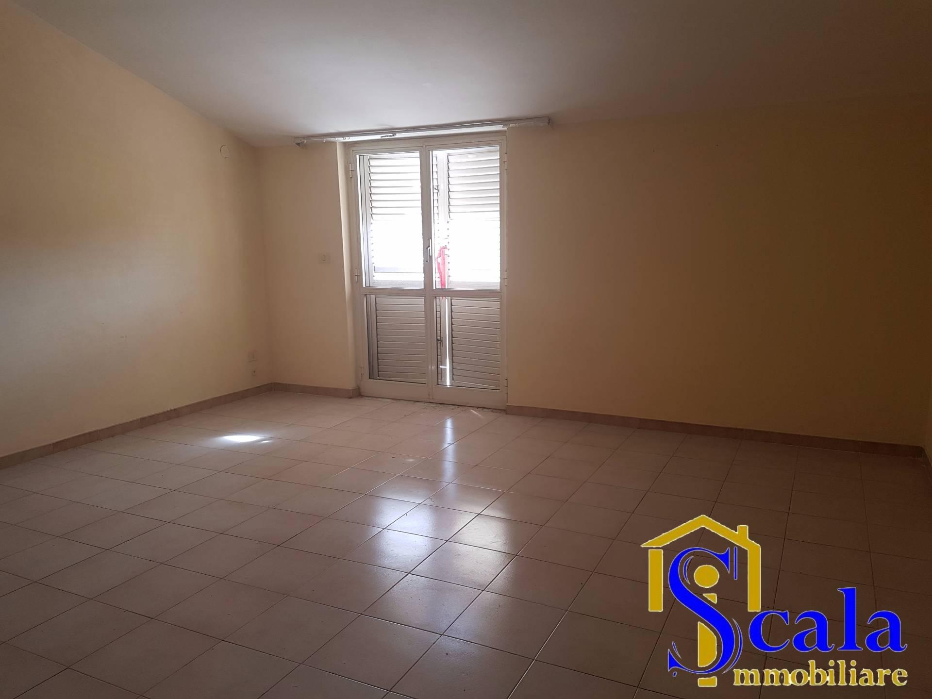 Attico / Mansarda in affitto a Capua, 3 locali, prezzo € 350 | Cambio Casa.it
